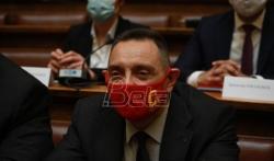 Vulin rekao da je porodica Vučić razgovarala sa 26 prisluškivanih osoba, ali da nema kriminala