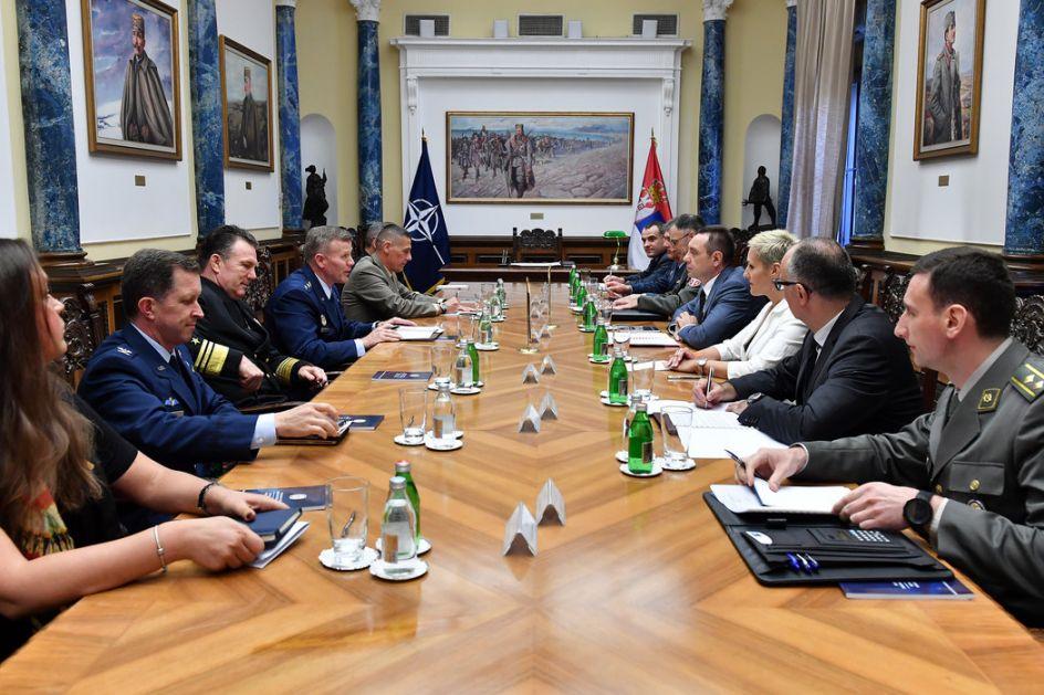 Vulin sa Vrhovnim komandantom NATO snaga u Evropi: Vojska Kosova pretnja za mir na Balkanu