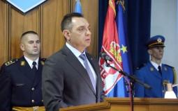 Vulin uručio spomenice porodicama vojnika iz Crne Gore poginulih u NATO intervenciji