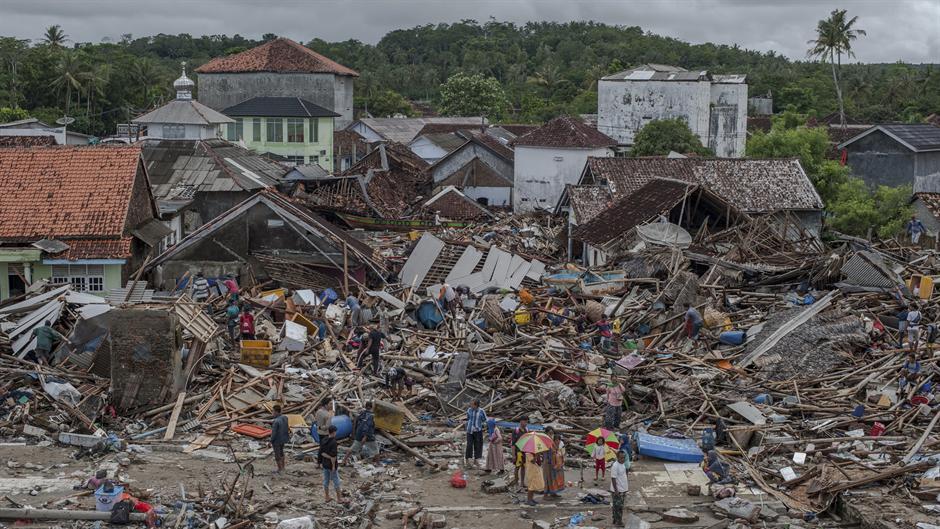 Vulkan ključa, strahuju od novog cunamija! FOTO, VIDEO