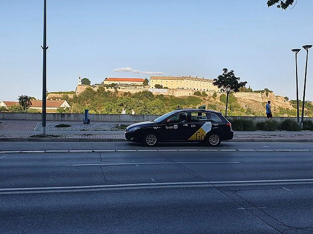 Yandex Go aplikacija za naručivanje taksija stigla u Novi Sad