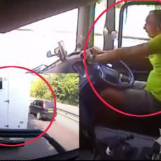ZA ČETIRI SATA 42 PREKRŠAJA: Kuckao poruke tokom vožnje, jeo bananu a onda se zakucao u kombi (VIDEO)