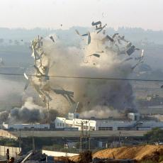 ZA DLAKU IZBEGNUTA TRAGEDIJA: Dron pun eksploziva pao na školu u Asiru!