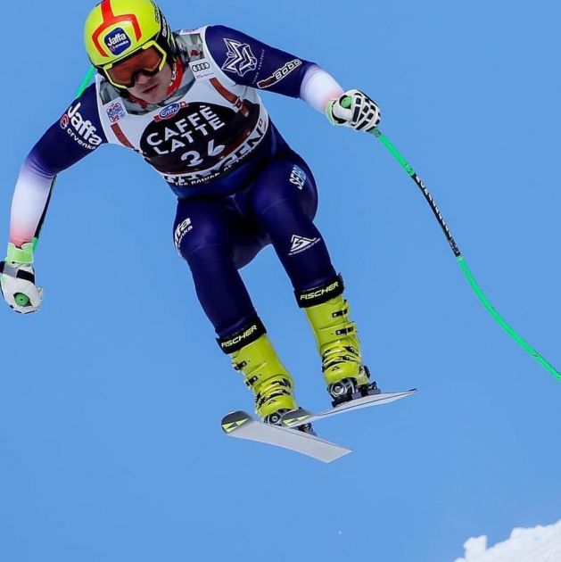 ZA DLAKU IZBEGNUTA TRAGEDIJA: Srpski skijaš Mako Vukićević doživeo tešku povredu u Švajcarskoj!
