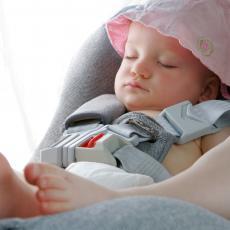 ZA PUTOVANJE BEZ STRESA! Uz OVE TRIKOVE deca će biti mirna i uživaće u VOŽNJI!