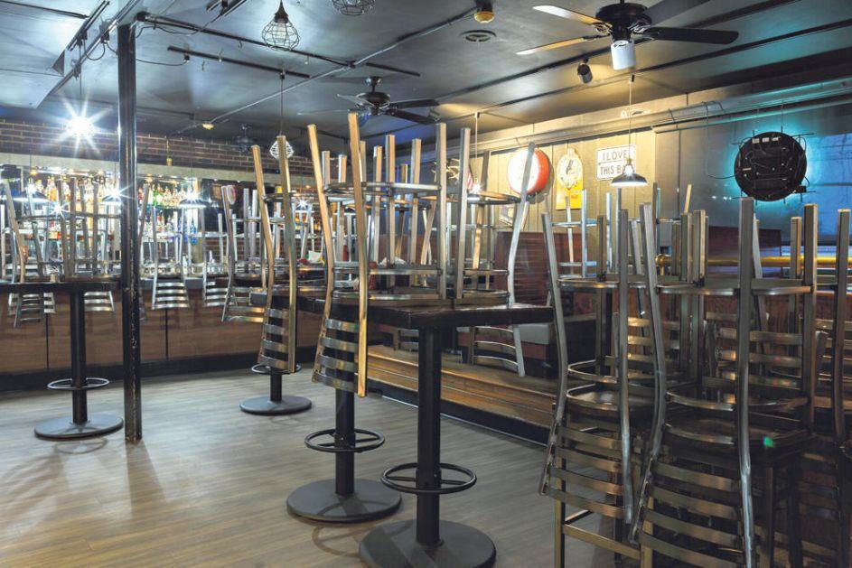 ZA VIKEND SE SVE ZATVARA: Kafići, tržni centri i frizerski saloni neće raditi od petka do ponedeljka! ČITAJTE U KURIRU