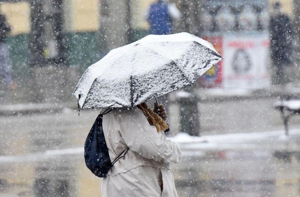 ZABELEĆE SE CELA ZEMLJA: U Srbiji će tokom noći kiša preći u susnežicu i SNEG, slede tri tmurna i hladna dana!