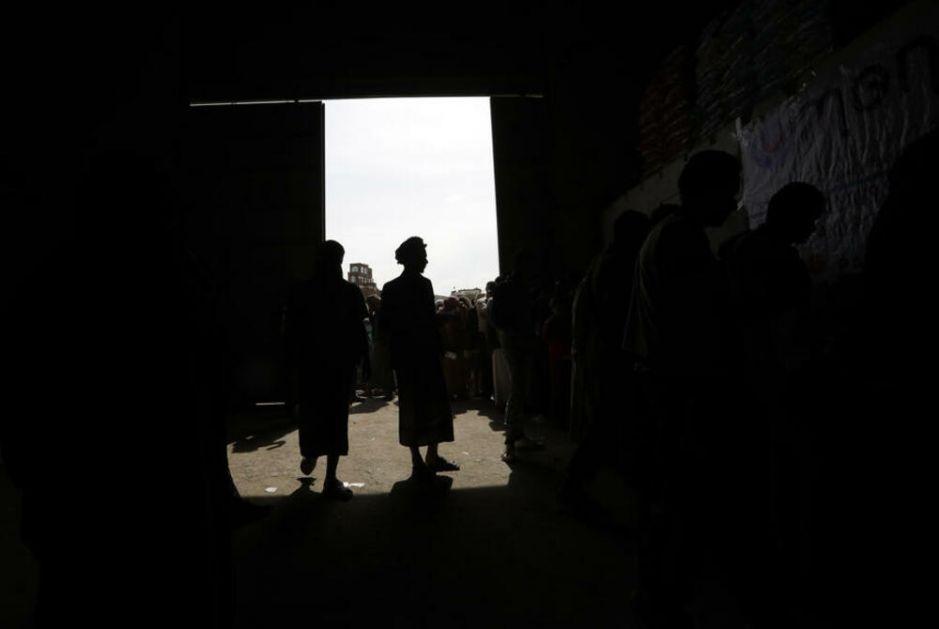 ZABORAVLJENI U BESKONAČNOM RATU: Mentalno bolesni pacijenti u Jemenu ostavljeni da tavore bez lekova, lekara i pomoći VIDEO