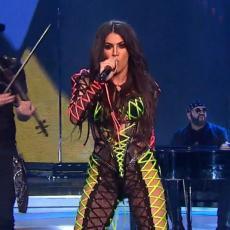 GOLIŠAVA ZADNJICA UŽIVO NA RTS-U! Pevačica šokirala Srbiju nastupom na Beoviziji!