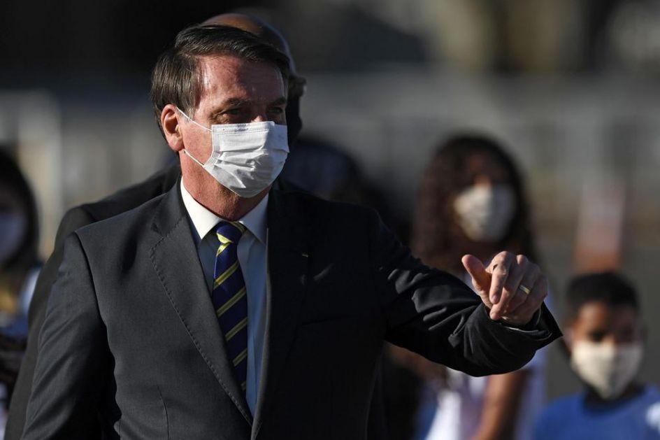 ŽALIO SE SUDU, A ONDA JE UKINUTA UREDBA: Bolsonaro više ne mora da nosi zaštitnu masku