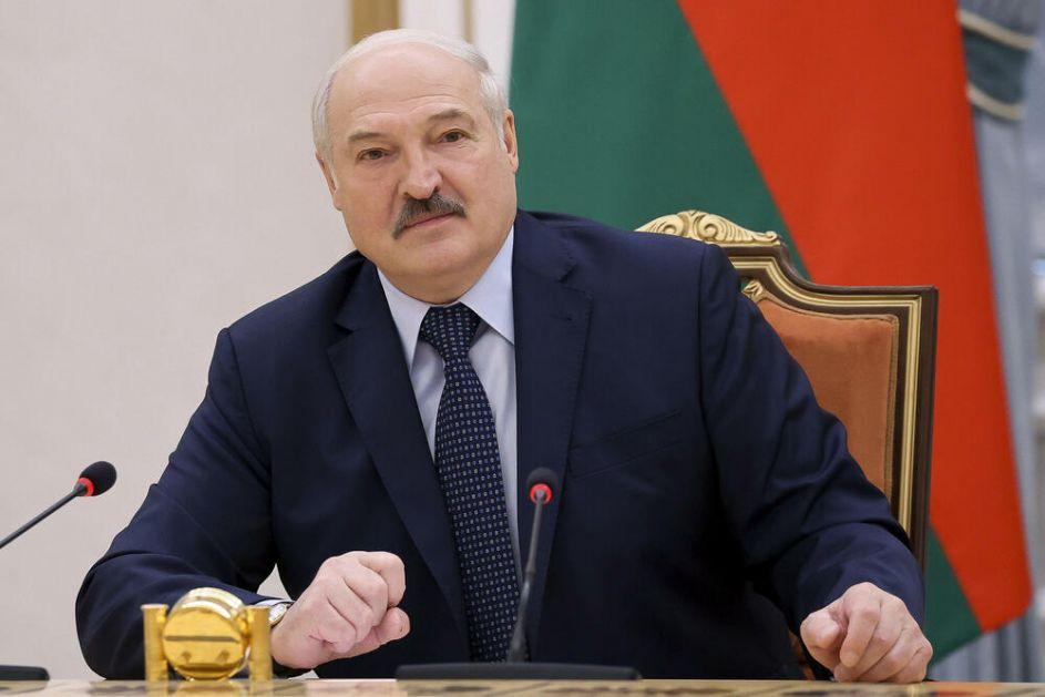 ZAPAD ZAJEDNIČKI UDARIO PO LUKAŠENKU: Amerika, Evropa, Britanija i Kanada uvele sankcije Belorusiji! Pozivaju na prekid represije