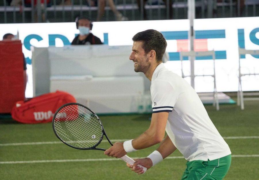 ZAPADNI MEDIJI POTPISALI KAPITULACIJU: Đoković je KRALJ tenisa!