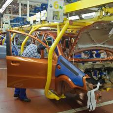 ZAPOSLENI U FIJATU VRAĆAJU SE NA POSAO: Do kraja godine  4.000 novih gotovih automobila