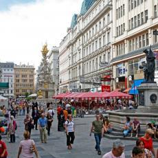 ZAŠTO BEČLIJE SVE MANJE VOZE AUTOMOBILE? Novi trend zaludeo austrijsku prestonicu