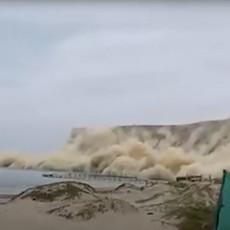 ZASTRAŠUJUĆE POSLEDICE ZEMLJOTRESA U PERUU: Najmanje 40 ljudi povređeno, na stotine kuća uništeno (VIDEO)
