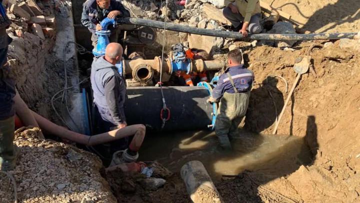ZAVRŠENA POPRAVKA CEVOVODA U KARNEGIJEVOJ - građani uskoro dobijaju vodu