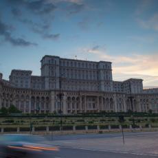 ZBOG KORONA VIRUSA: Ministar zdravlja susedne zemlje podneo ostavku!
