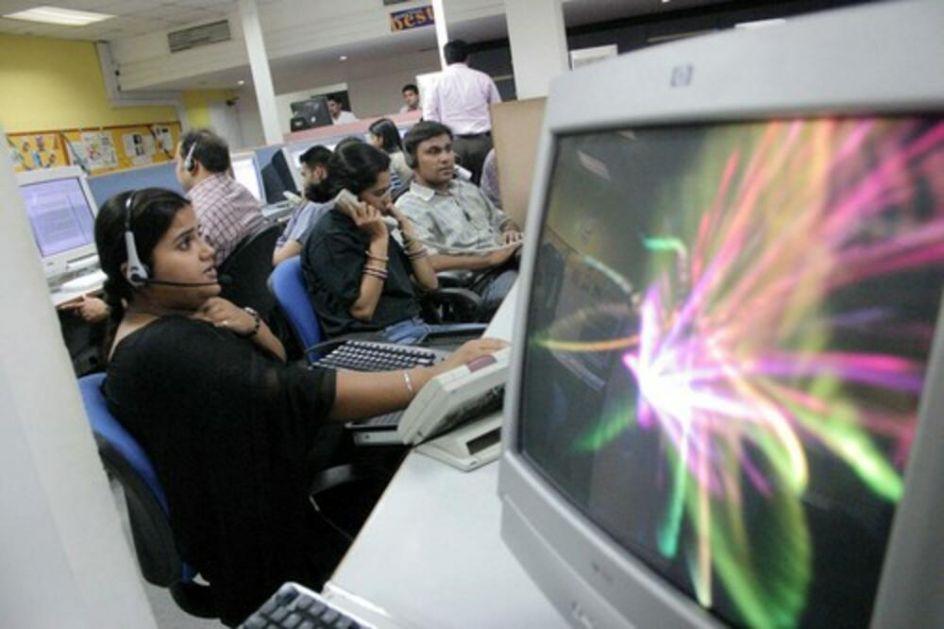ZBOG KORONE STAVLJAJU RADNIKE U BUNKER: Pandemija osakatila IT sektor u Indiji, firme požurile sa vraćanjem u kancelarije VIDEO