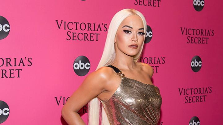 ŽELIM DA IMAM VELIKU PORODICU! Rita Ora progovorila o svom privatnom životu, a evo šta je rekla na glasine da je u vezi sa OVIM PEVAČEM!