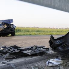 ŽENA POGINULA KOD ŠAPCA! Automobil sleteo sa puta, muž teško povređen