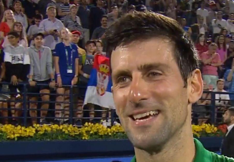 ŽESTOKA PROVOKACIJA SA TRIBINA: Federerova navijačica pokušala da omete Đokovića! Srpski navijači brutalno uzvratili