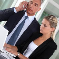 ZNAK DA TI SE CRNO PIŠE NA POSLU: Ako se tvoj šef PONAŠA OVAKO neće biti dobro ni za FIRMU, ni za ZAPOSLENE