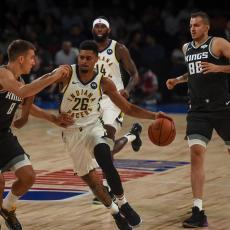 ZVANIČNO: Kingsi TREJDOVALI tri košarkaša!