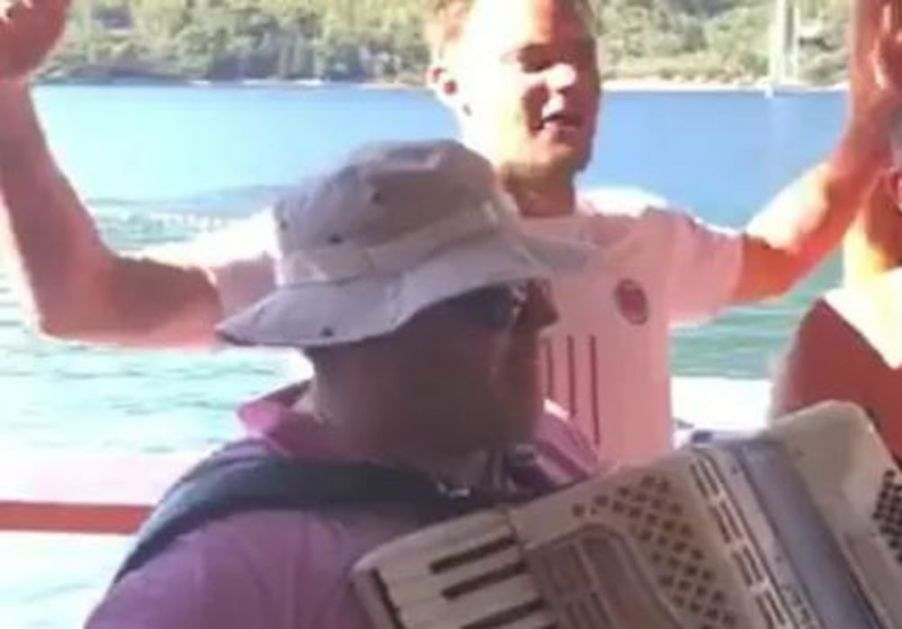 ZVEZDA BARSELONE ŠOKIRALA CELU SRBIJU: Nojer kao da je Hrvat! Pa šta ako je pevao Tompsona (VIDEO)