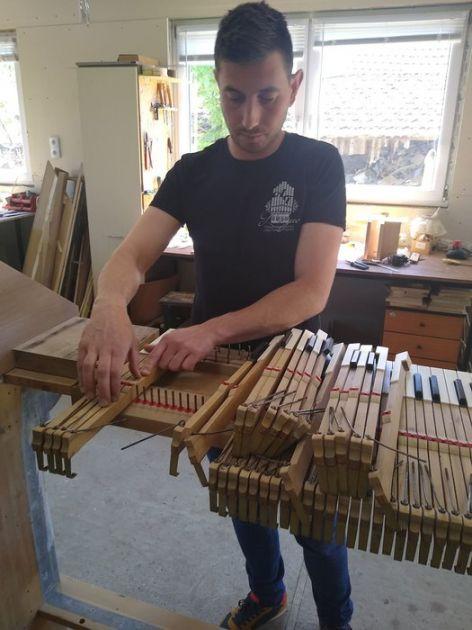 Za izradu orgulja od dve do četiri godine