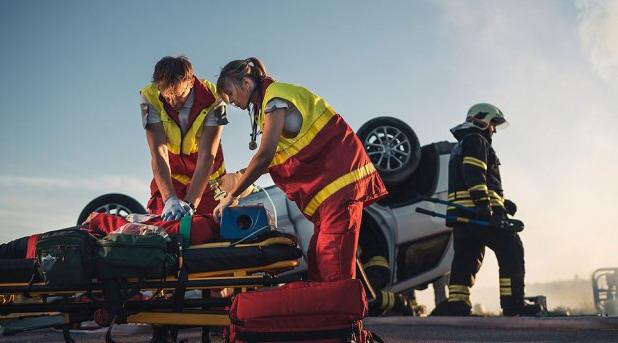 Za selfi sa žrtvom saobraćajne nezgode traže kaznu i do 15.000 evra