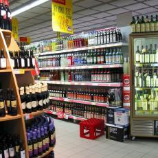 Zabranjena PRODAJA ALKOHOLA u radnjama posle 21 čas