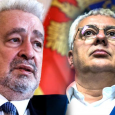 Zahtevamo novu Vladu sa novim premijerom! Mandić nikad oštriji: Crna Gora je podeljena po svim šavovima