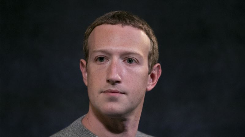 Zakerberg najavljuje preispitivanje politike Fejsbuka nakon protesta zaposlenih