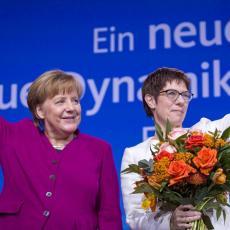Zamenila šeficu vladajuće stranke: Nova Merkel otkrila da li će uzeti i mesto kancelara Nemačke (FOTO)