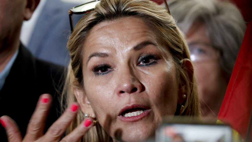 Žanin Anes, bolivijska opozicionarka, najavila da će privremeno zameniti Moralesa na mestu predsednika