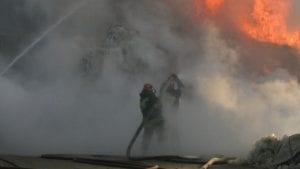 Zapalila se lokomotiva teretnog voza, nema povređenih niti opasnosti po stanovništvo