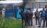 Zapalio se autobus pun dece u blizini Požege (VIDEO)