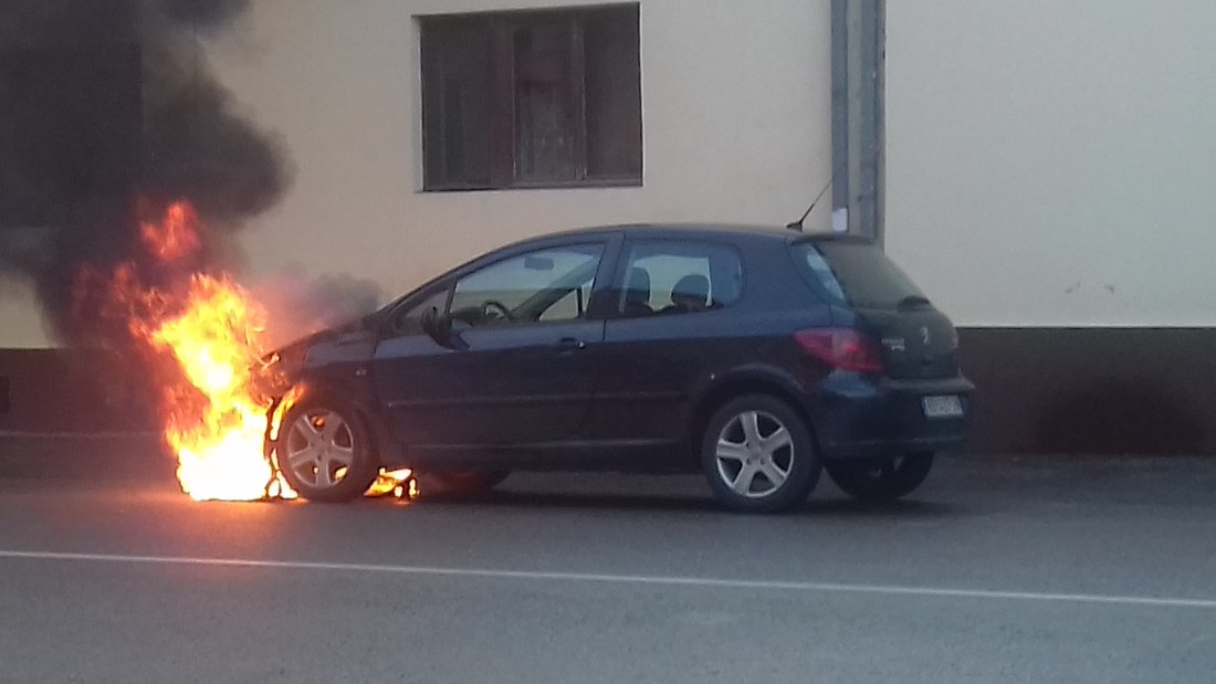 Zapalio se automobil u Bačkoj Palanci