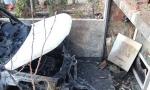 Zapaljen auto u Vranju: Kamera snimila osobu sa kapuljačom?