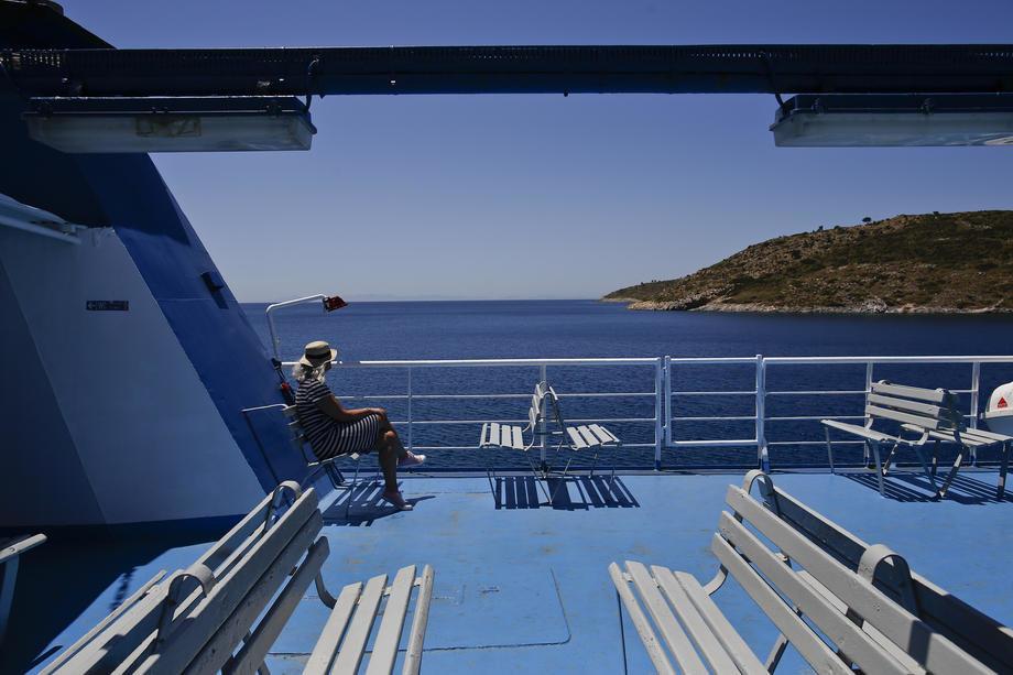 Zaraženi turisti u Grčkoj, najavljene nove mere za državljane zemalja Balkana