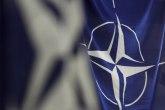 Zastava NATO se zavijorila ispred makedonske vlade