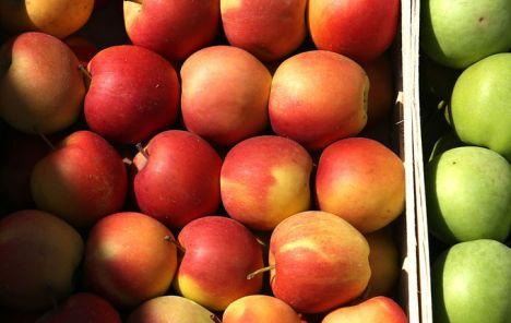 Zašto divljaju cijene jabuka u Kini?