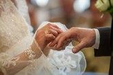Zašto su ove fotografije sa venčanja razbesnele mnoge FOTO