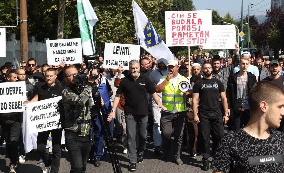 Završen kontraskup na Ciglanama, nakon mirne šetnje učesnici se razišli