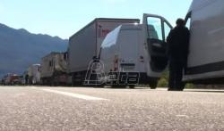 Završena blokada, crnogorska Vlada privremeno odustala od izmena odluke o državljanstvu