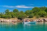 Zbog jedne plaže hiljade turista dolazi na hrvatsko ostrvo