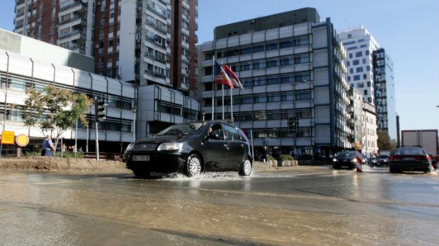 Zbog kvara na magistralnoj cevi mnogi Beograđani do jutra bez vode
