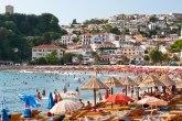 Zbog srpskih turista zaključali plažu u Sutomoru: To je haos šta se tu radi svaku noć