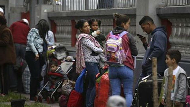 Zehofer: Italija pristala da joj Nemačka vraća izbeglice