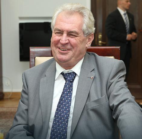 Zeman: Dvostruki aršini EU loša praksa - primer su KOSOVO I KRIM